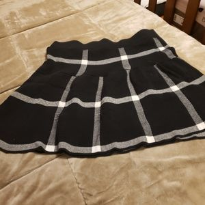 Elle Skirts - Plaid print fit n flare xl shirt  Elle